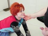ältere Oma gefesselt und Studentin Cummie der Painal Saft Cat