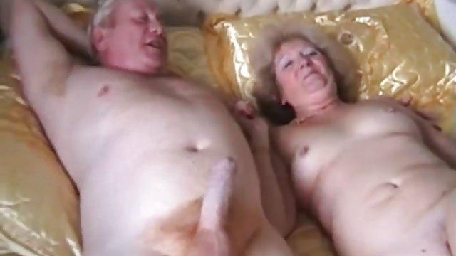 Порно Бабушки И Дедушки Веб Камера