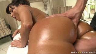 verdorbene big-booty erfahrene Frau Lisa Ann ist gevögelt von ihr masseur's big-dick