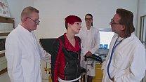 Beim Frauenarzt geil gefickt Deutsch HD