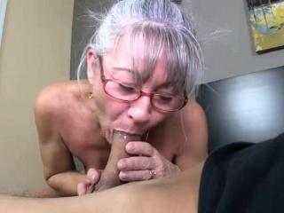 Mütter Liebe für jung schwänze macht His Tag