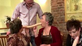Frauen und GILFS want schnackseln