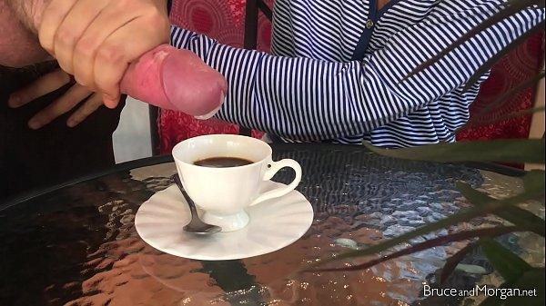 kofe-so-spermoy-smotret-onlayn