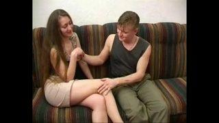 Mila 02 russisches Mama und jüngere Typ