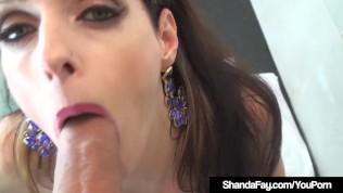 nummer schieben Crazed geile Shanda Fay bekommt einem große hart penis von Hubby