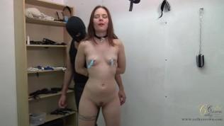 BDSM et Glacons pour Cathy Crown Teil 1