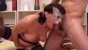 Ehemann Fickt seine Frau vor der Webcam