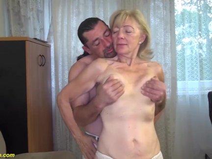 81 Jährige Oma fickt mit ihrem Stiefsohn