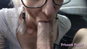 Daddy's Wichse Schlampe Auto blasen zusammenstellung für Father's Tag'