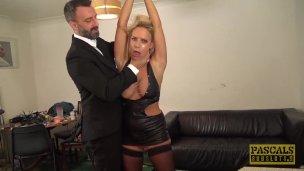 PASCALSSUBSLUTS reife Frau Sasha Steele Submits an BDSM und Poposex'