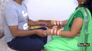 Desi Pari Bhabhi Bums vor Go an Marriage mit Hindi Audio